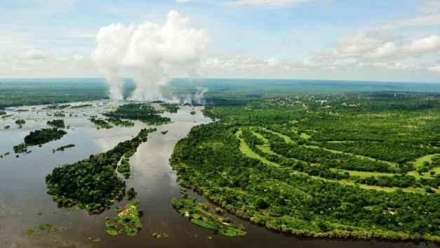 zambezi waterfall